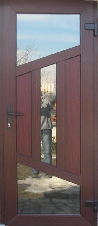 Алуминиева врата 14